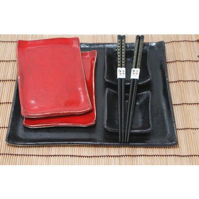 Duży czarno- czerwony zestaw do sushi